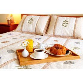 Ágyak, ágyrácsok, ágykeretek és matracok